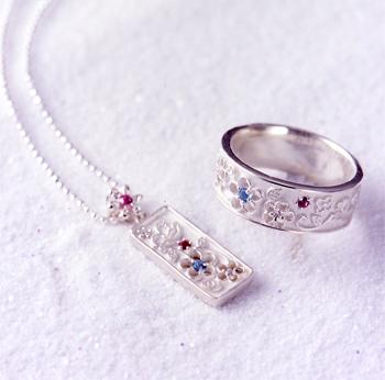 「天使のワイルドストロベリー」リング&ネックレス
