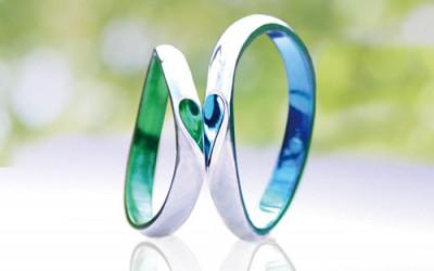 合わせハートのカラーの結婚指輪