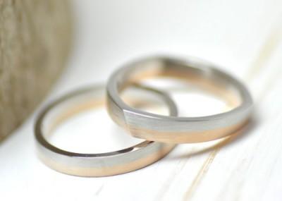 トライアングルのコンビの結婚指輪