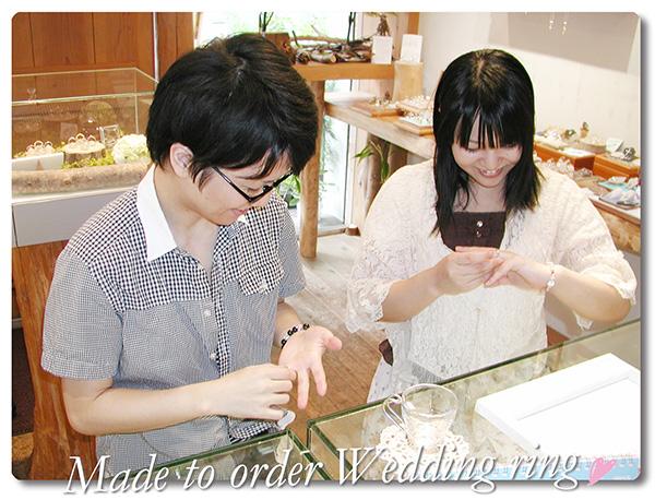 hi160115w1017-1 オーダーメイドの結婚指輪 大阪 薔薇の彫刻