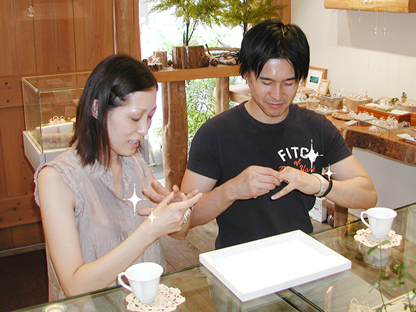 hi160319w1015-1 オーダーメイド結婚指輪 大阪 ネコ