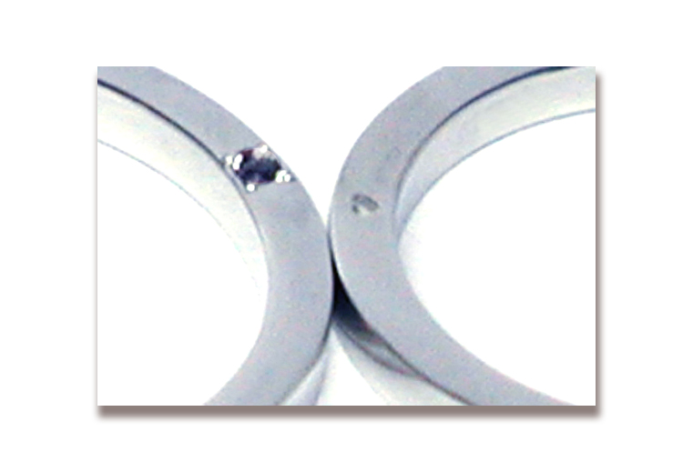 170623w1091-R4 オーダーメイド結婚指輪 大阪 家族の誕生石 側面宝石