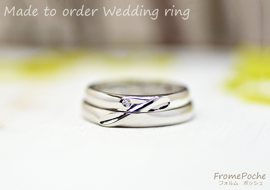 hi180416-w1227-ring2 オーダーメイドの結婚指輪 愛犬 柴犬 イニシャル あしあと 誕生石