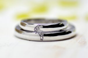 4、星とペンギンの結婚指輪