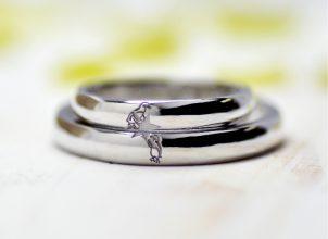 星とペンギンを手描きした結婚指輪-whm004