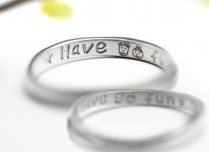似顔絵を描いた結婚指輪-whm008-2