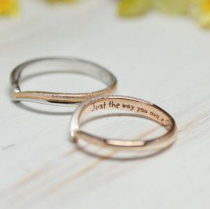 大切な言葉を手描き刻印した結婚指輪
