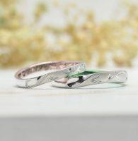ふたりのイニシャルを合わせてタガネ彫した結婚指輪