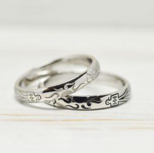 サンダーバードと太陽を彫刻した結婚指輪