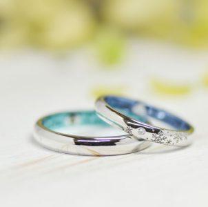 雪の結晶を刻んだ結婚指輪