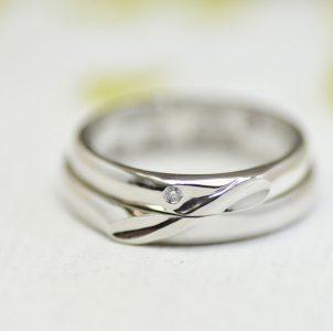 インフィニティ―-永遠をイメージした結婚指輪
