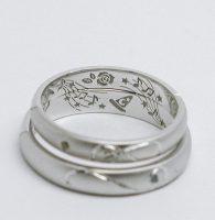 薔薇と音楽とふたりの趣味をオーダー刻印した結婚指輪